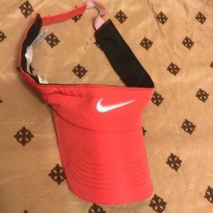Nike visor OS 🌴🌴